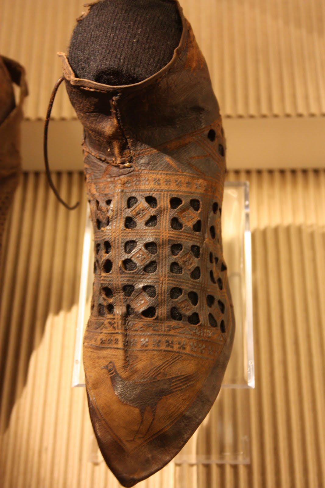 Fig. 4 - Bottine du musée de Harlem (Pays-bas)